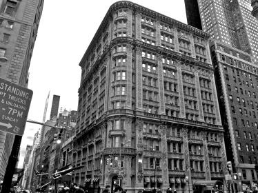 20110313_alwyn_court_building